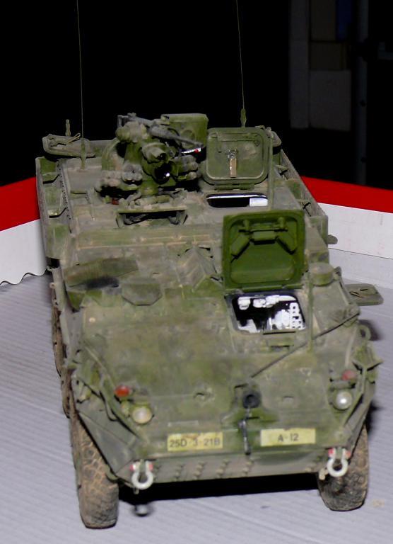 Stryker M1126 de AFV Club et détaillage intérieur Black Dog au 1/35 - Page 2 Stryk175