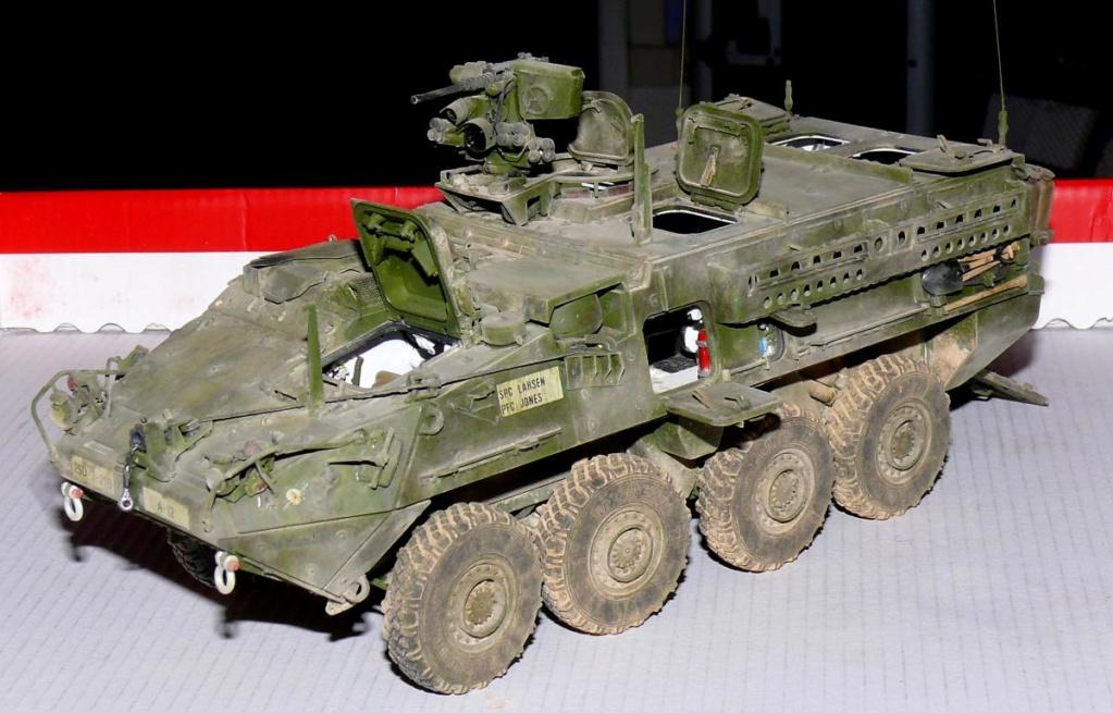 Stryker M1126 de AFV Club et détaillage intérieur Black Dog au 1/35 - Page 2 Stryk178