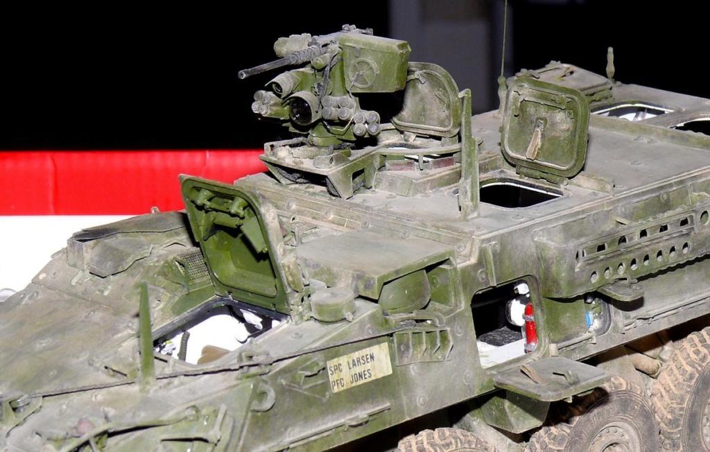 Stryker M1126 de AFV Club et détaillage intérieur Black Dog au 1/35 - Page 2 Stryk179