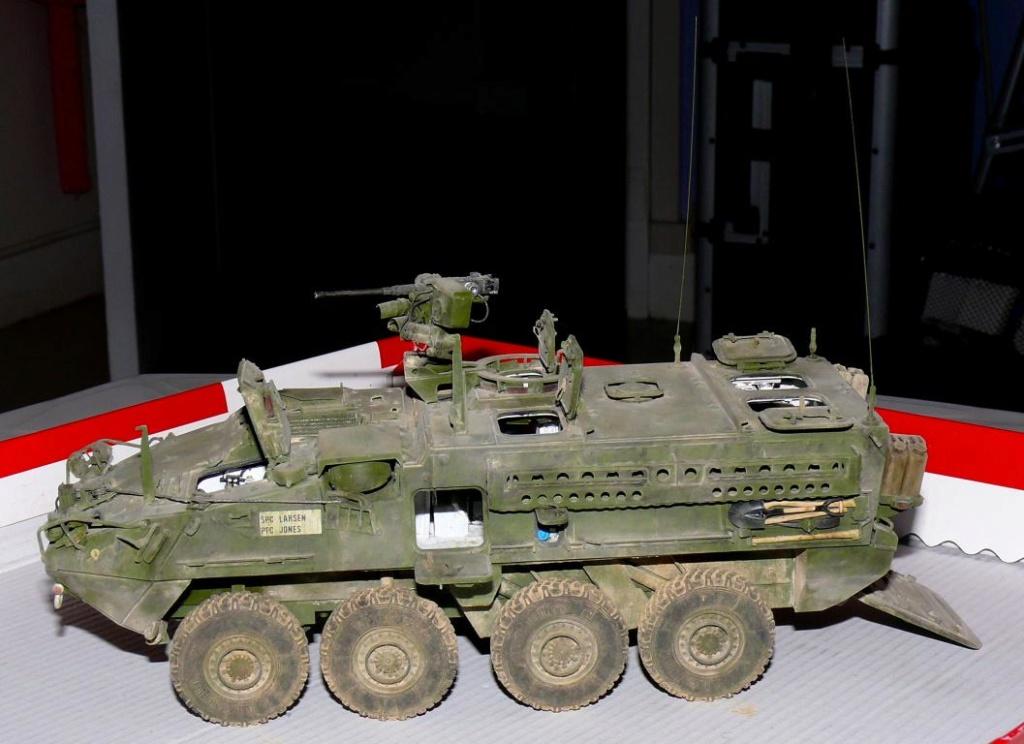 Stryker M1126 de AFV Club et détaillage intérieur Black Dog au 1/35 - Page 2 Stryk181