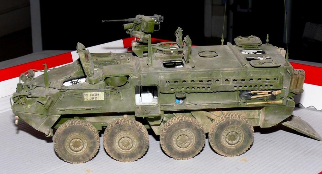 Stryker M1126 de AFV Club et détaillage intérieur Black Dog au 1/35 - Page 2 Stryk182
