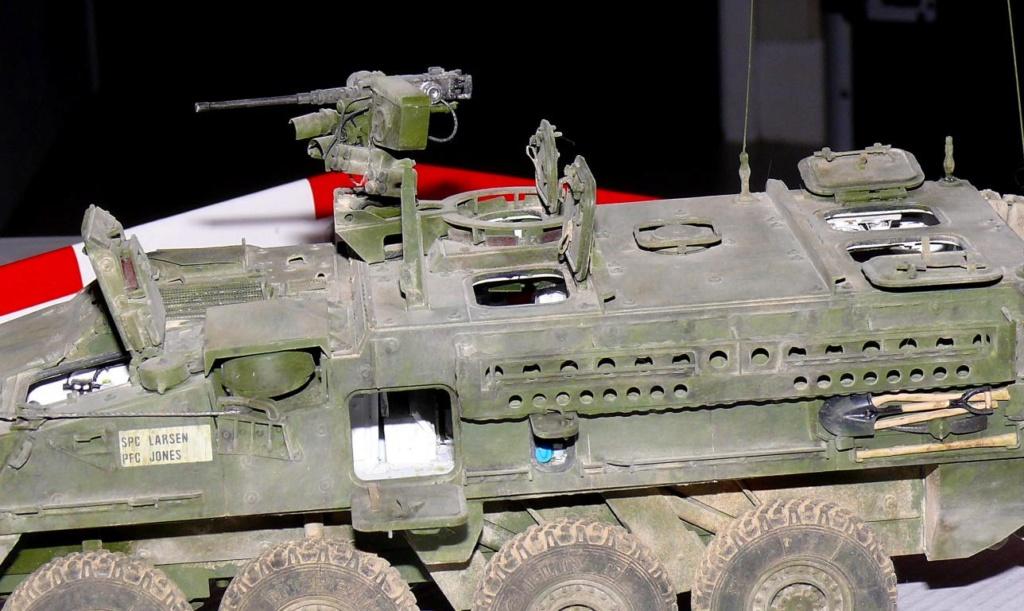 Stryker M1126 de AFV Club et détaillage intérieur Black Dog au 1/35 - Page 2 Stryk185