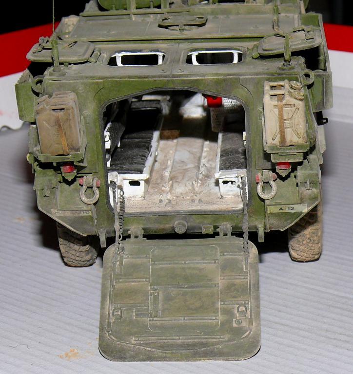 Stryker M1126 de AFV Club et détaillage intérieur Black Dog au 1/35 - Page 2 Stryk190