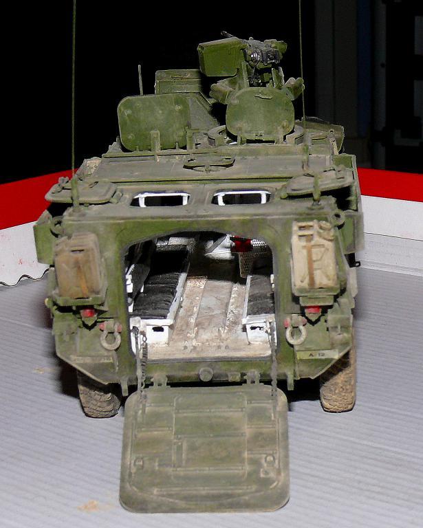 Stryker M1126 de AFV Club et détaillage intérieur Black Dog au 1/35 - Page 2 Stryk191