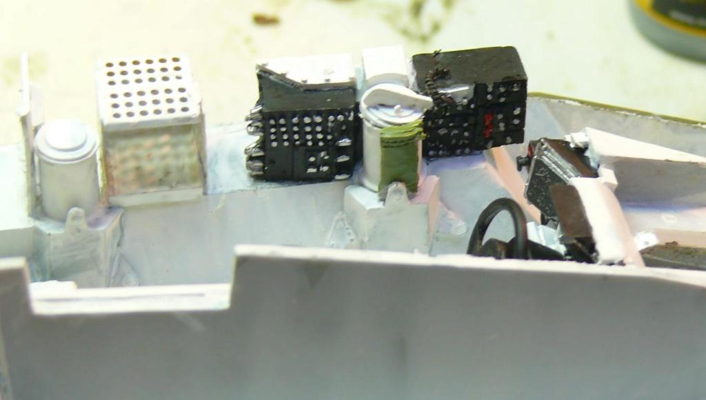 Stryker M1126 de AFV Club et détaillage intérieur Black Dog au 1/35 Stryke24