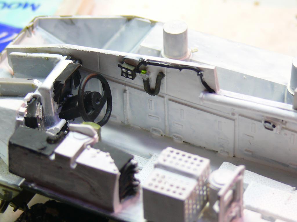 Stryker M1126 de AFV Club et détaillage intérieur Black Dog au 1/35 Stryke26