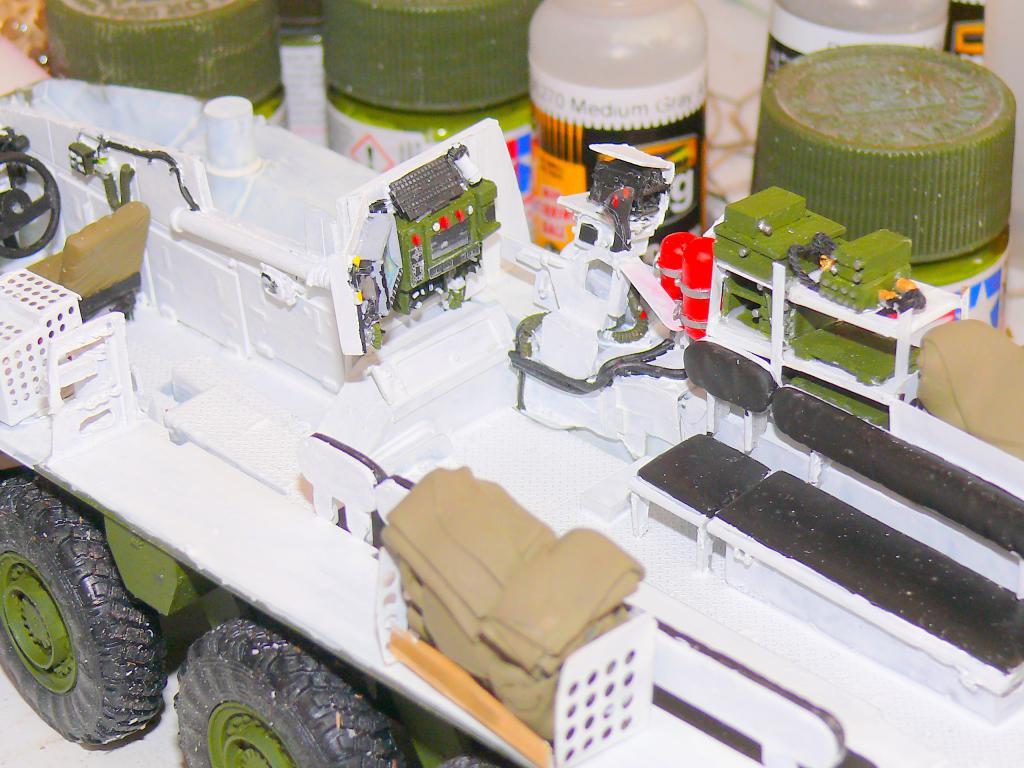 Stryker M1126 de AFV Club et détaillage intérieur Black Dog au 1/35 Stryke40