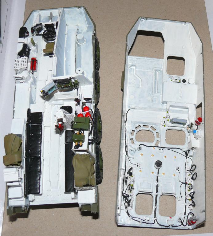 Stryker M1126 de AFV Club et détaillage intérieur Black Dog au 1/35 Stryke50