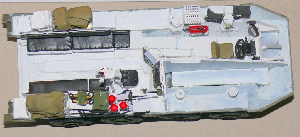 Stryker M1126 de AFV Club et détaillage intérieur Black Dog au 1/35 Stryke51