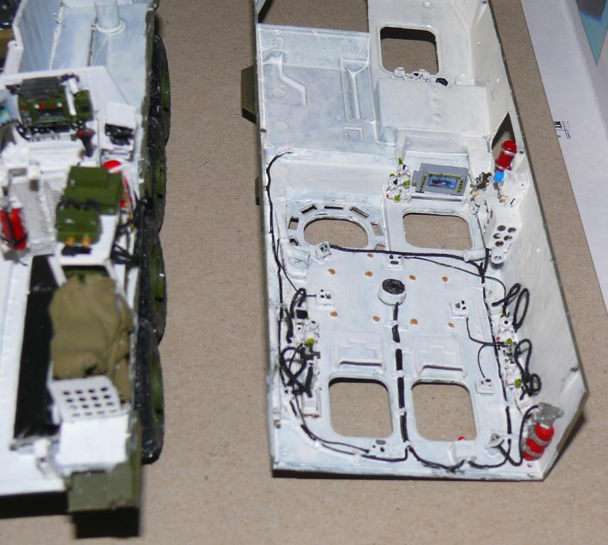 Stryker M1126 de AFV Club et détaillage intérieur Black Dog au 1/35 Stryke54