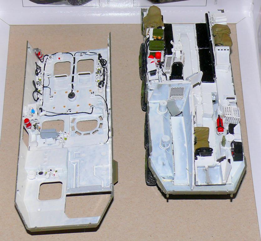Stryker M1126 de AFV Club et détaillage intérieur Black Dog au 1/35 Stryke56