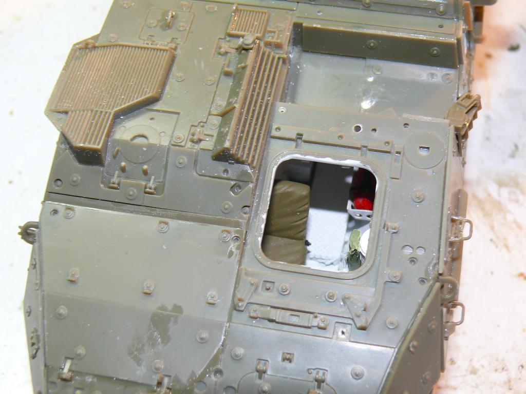 Stryker M1126 de AFV Club et détaillage intérieur Black Dog au 1/35 Stryke63