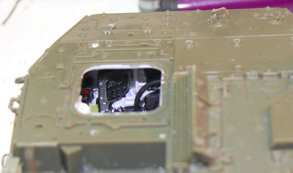 Stryker M1126 de AFV Club et détaillage intérieur Black Dog au 1/35 Stryke66