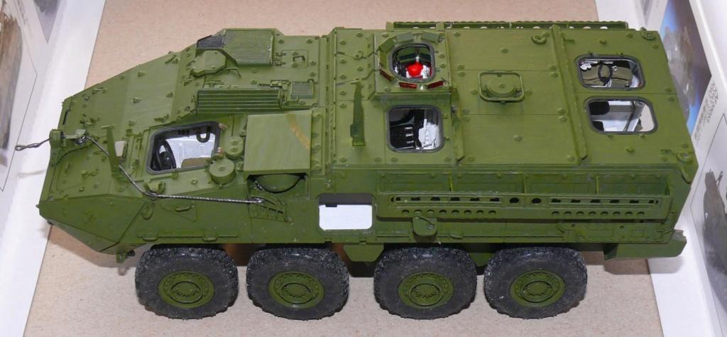 Stryker M1126 de AFV Club et détaillage intérieur Black Dog au 1/35 Stryke77