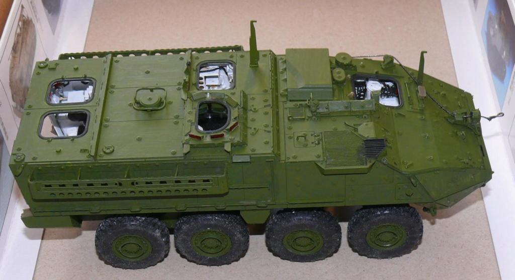 Stryker M1126 de AFV Club et détaillage intérieur Black Dog au 1/35 Stryke81