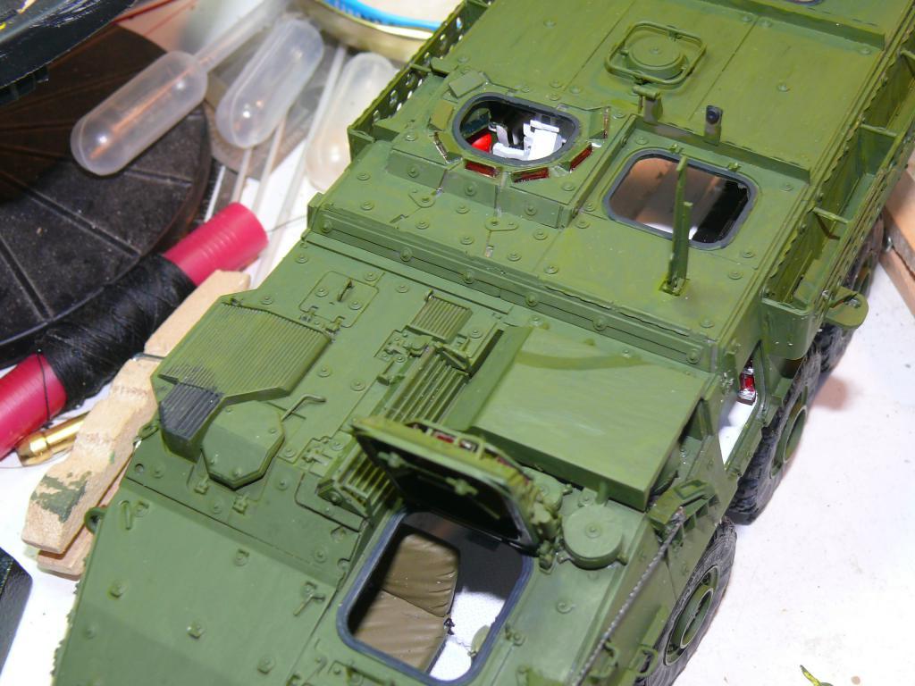Stryker M1126 de AFV Club et détaillage intérieur Black Dog au 1/35 Stryke83