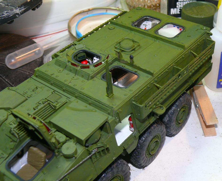 Stryker M1126 de AFV Club et détaillage intérieur Black Dog au 1/35 Stryke85