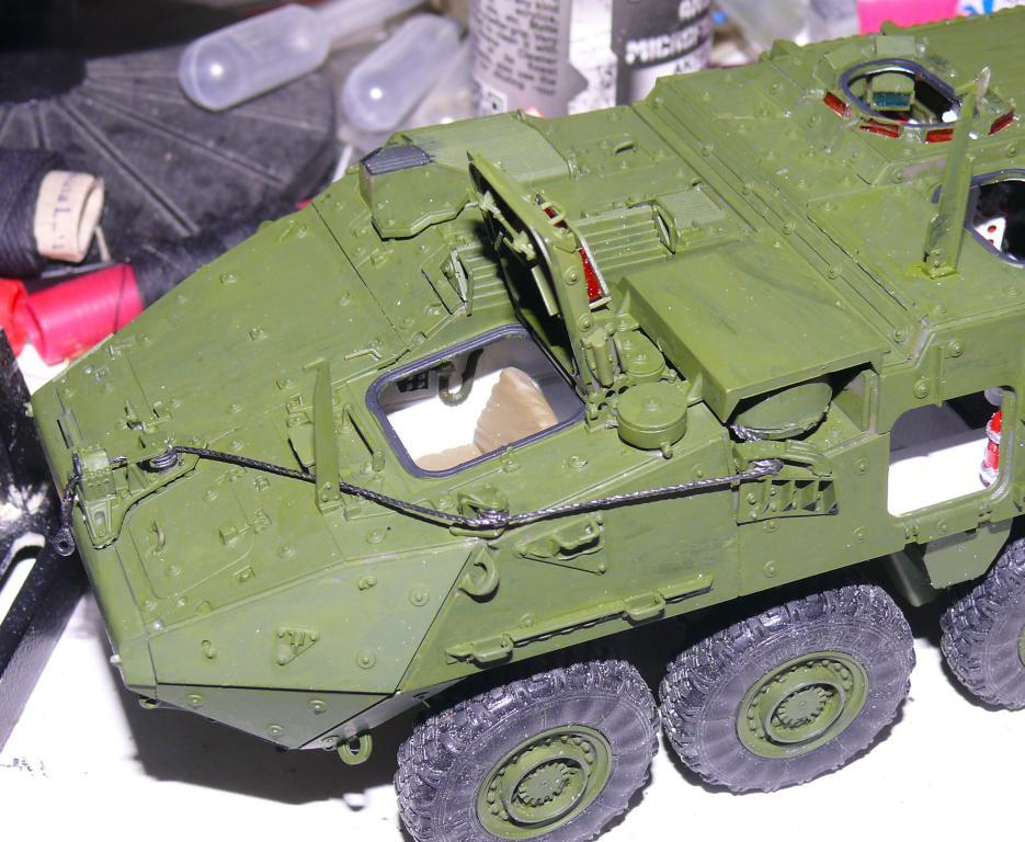 Stryker M1126 de AFV Club et détaillage intérieur Black Dog au 1/35 Stryke87