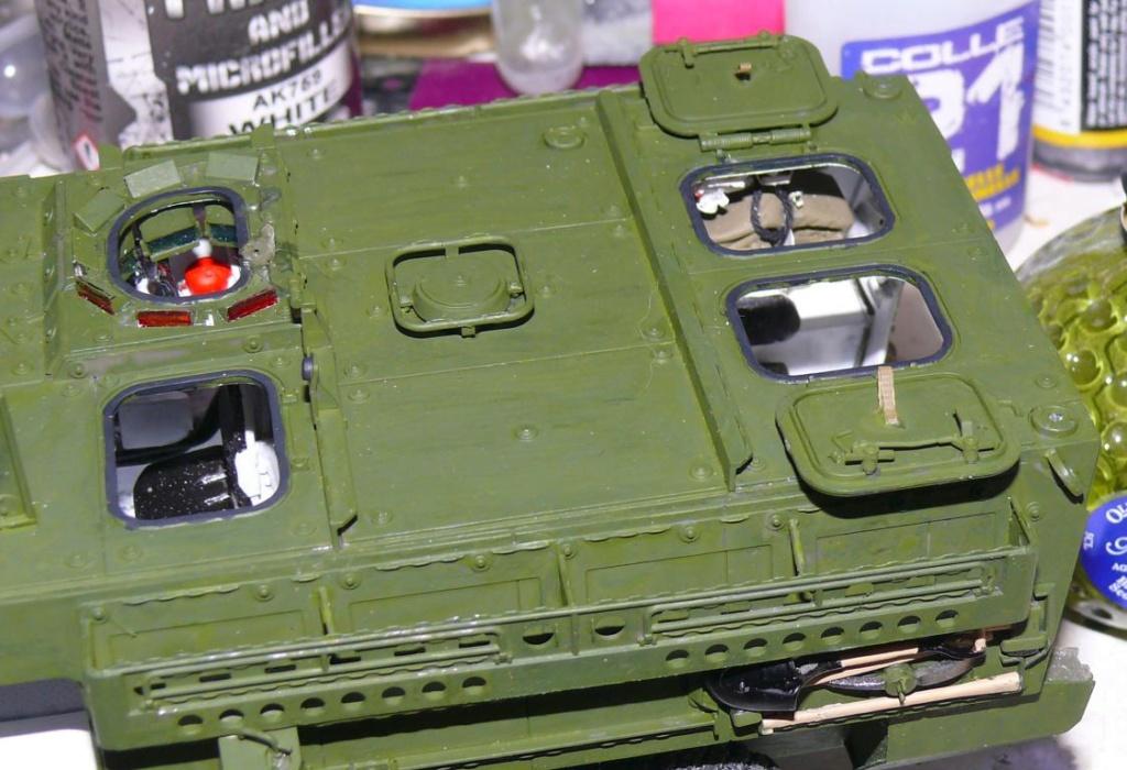 Stryker M1126 de AFV Club et détaillage intérieur Black Dog au 1/35 Stryke88