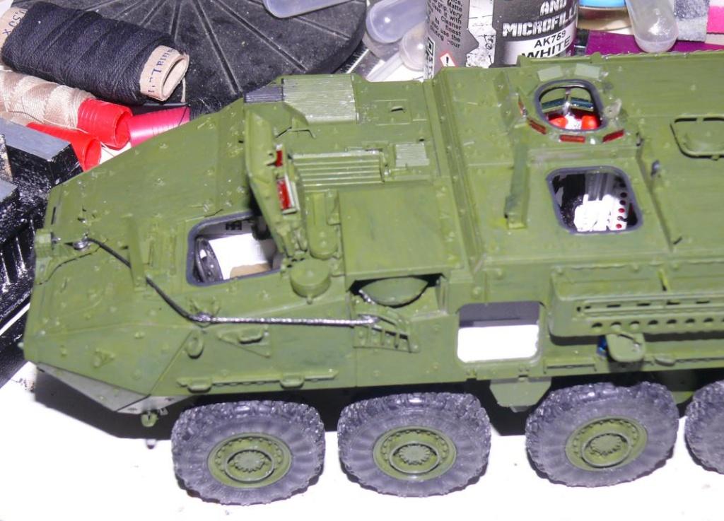 Stryker M1126 de AFV Club et détaillage intérieur Black Dog au 1/35 Stryke89