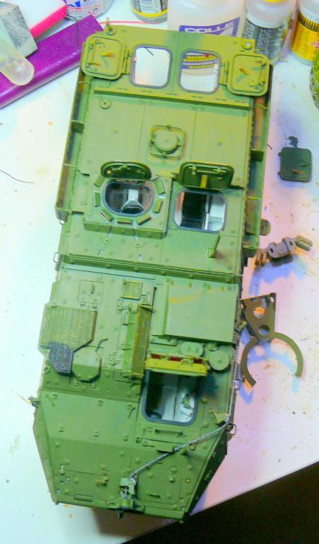Stryker M1126 de AFV Club et détaillage intérieur Black Dog au 1/35 Stryke90