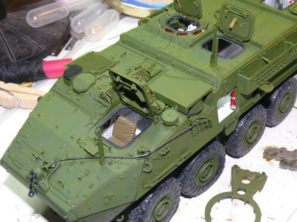 Stryker M1126 de AFV Club et détaillage intérieur Black Dog au 1/35 Stryke94
