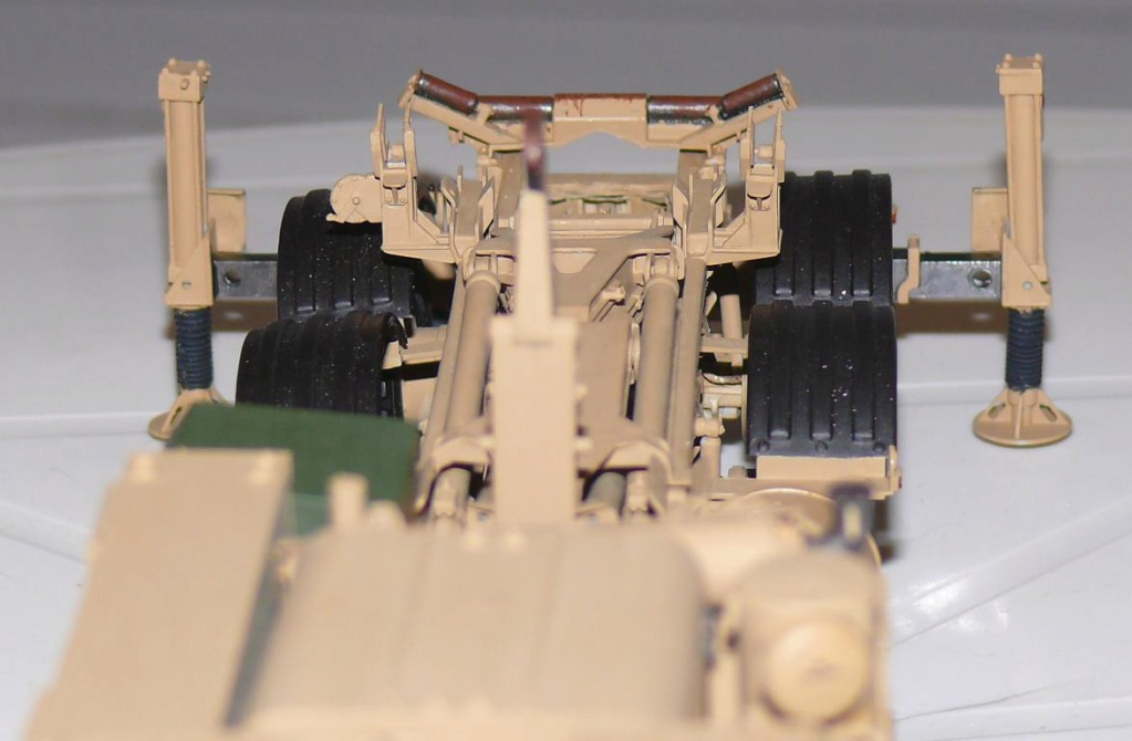 THAAD (Terminal High Altitude Arera Defense) de Trumpeter au 1/35 - Page 2 Thaad174