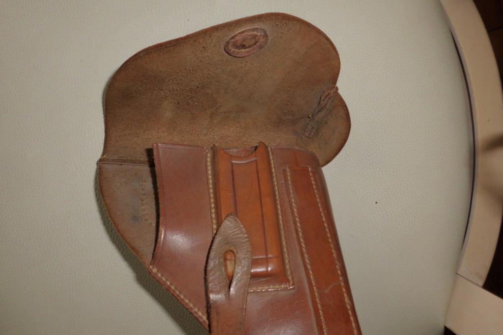 holster pistolet Mle court  Cimg6820