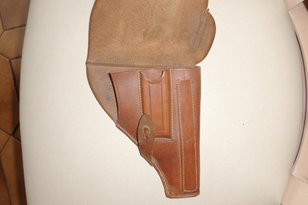 holster pistolet Mle court  Cimg6821