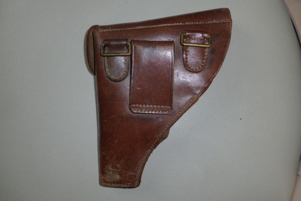 holster pistolet Mle court  Cimg6822