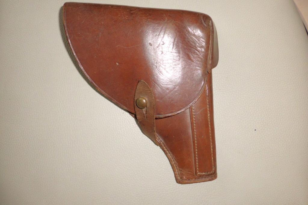 holster pistolet Mle court  Cimg6824
