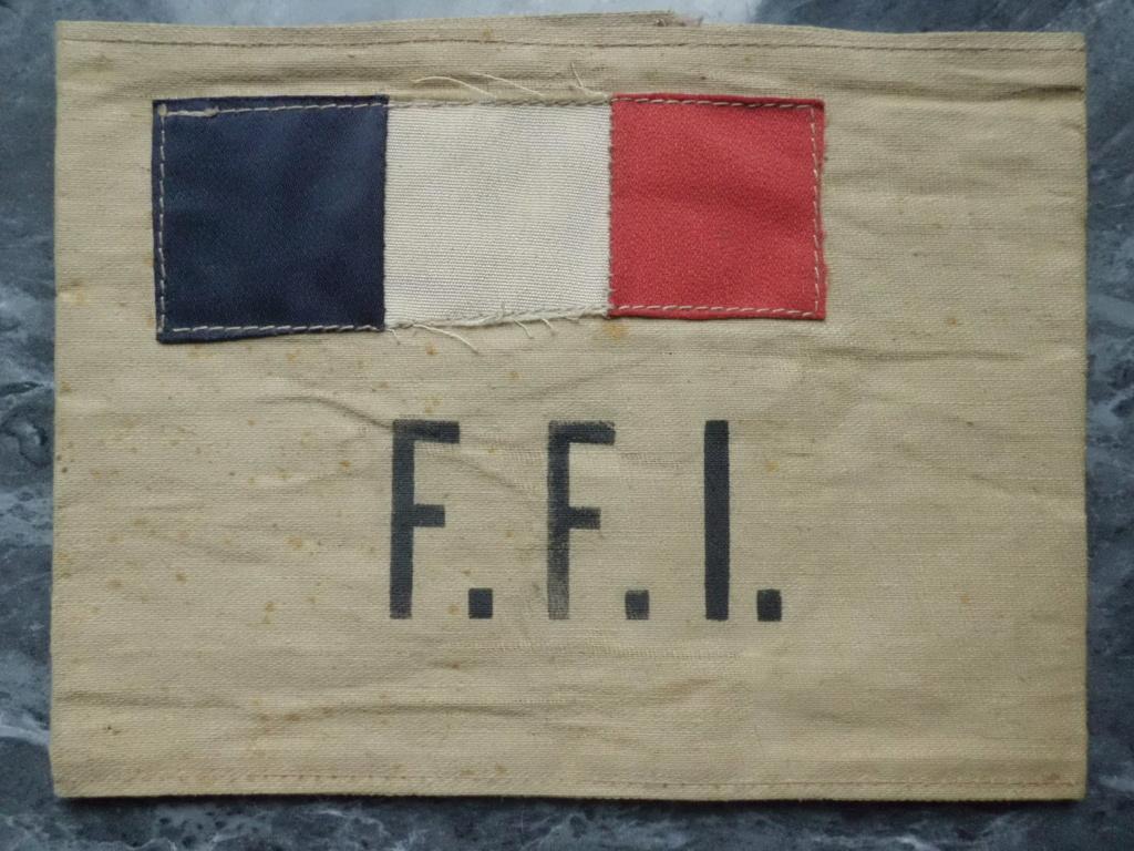 brassard FFI modèle LIBERATION de PARIS Cimg7019