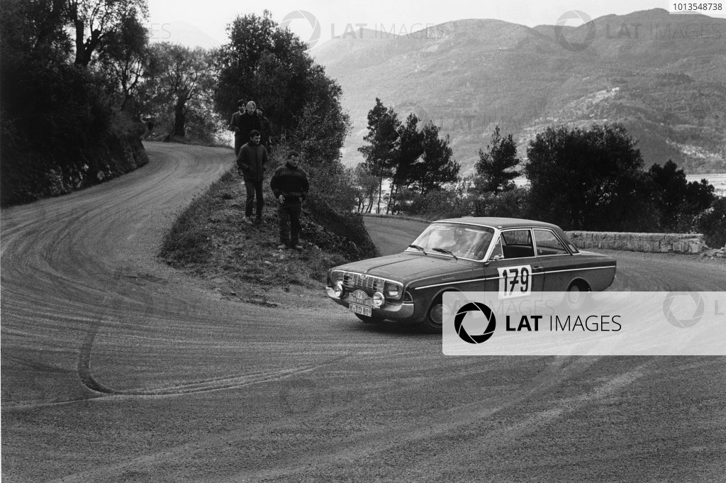 The History of Ford in rallying Ford_c10