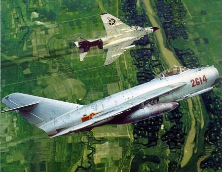 """Mối hận ngàn năm của """"chuyên gia diệt MiG"""" C1488311"""
