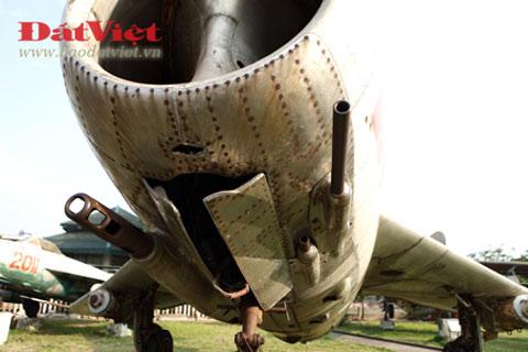 """Mối hận ngàn năm của """"chuyên gia diệt MiG"""" Images11"""
