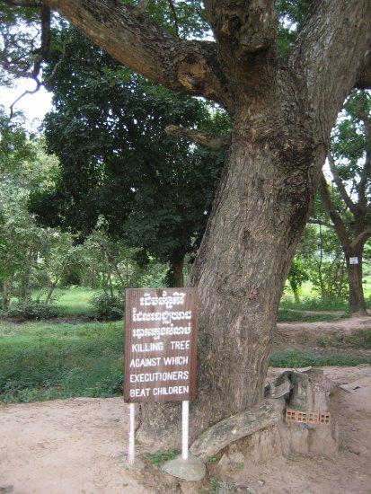 Tội ác của Khmer Đỏ Sfrtw210