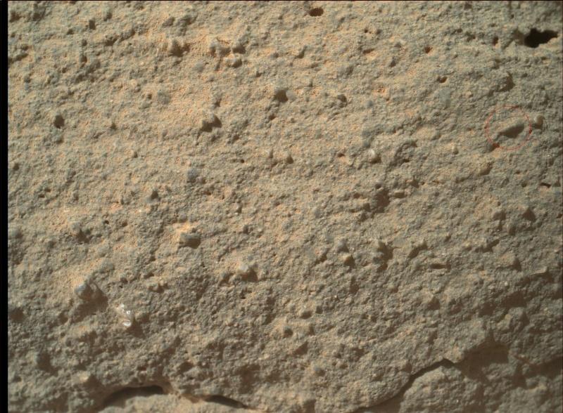 [Curiosity/MSL] L'exploration du Cratère Gale (1/3) - Page 38 0132mh10