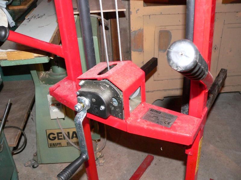 une potence d atelier  P1010713