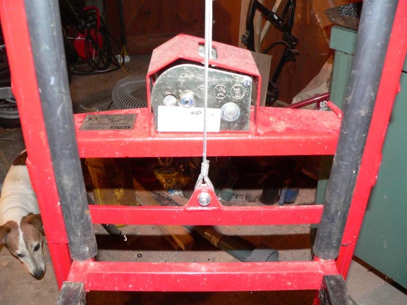 une potence d atelier  P1010715