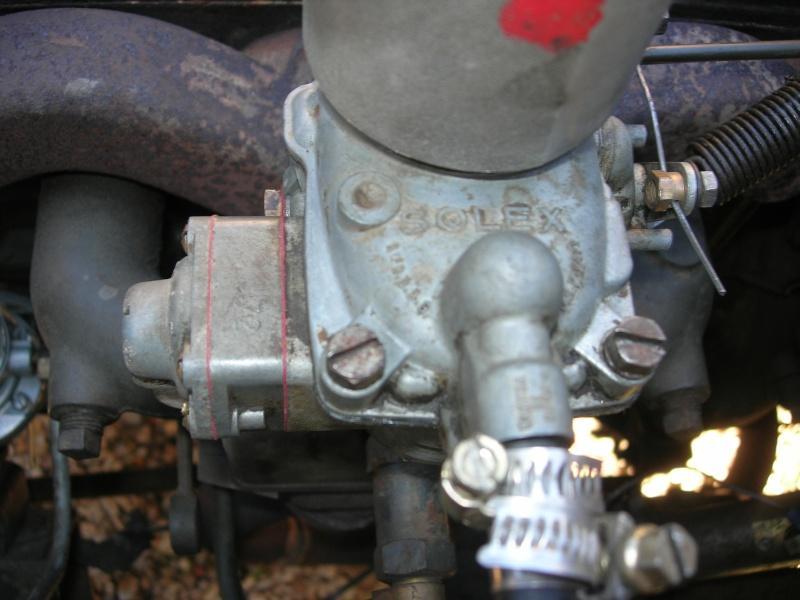 Eléments typiques d'une jeep Hotchkiss M201 en 24V Dscn6528