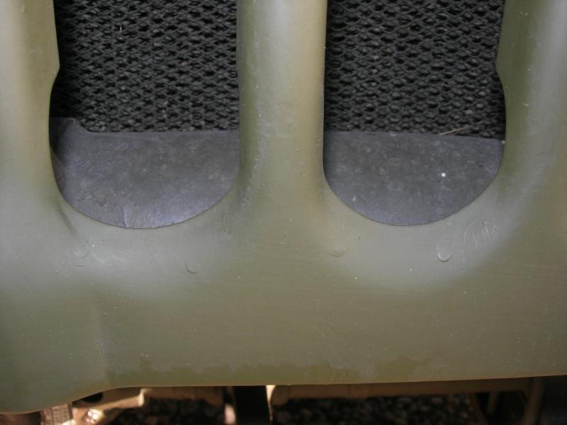 Eléments typiques d'une jeep Hotchkiss M201 en 24V Dscn6613
