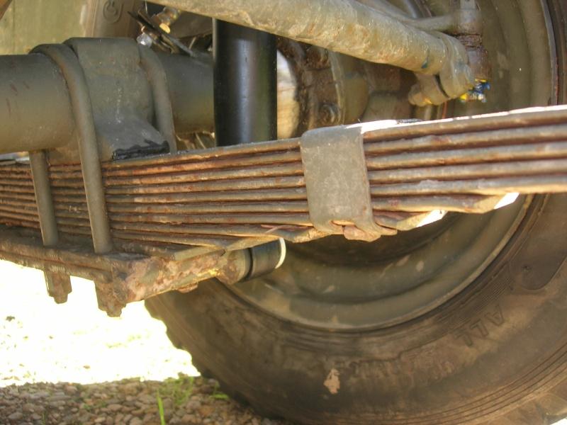 Eléments typiques d'une jeep Hotchkiss M201 en 24V Dscn6614