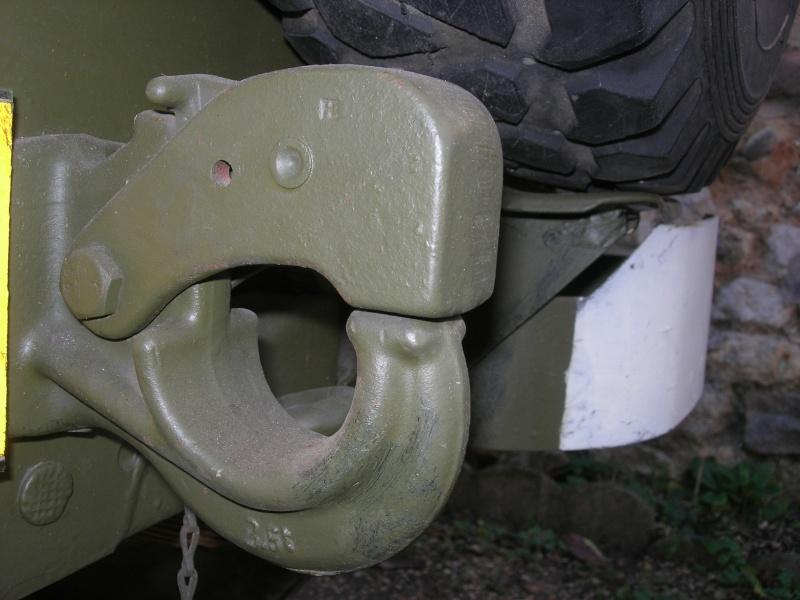 Eléments typiques d'une jeep Hotchkiss M201 en 24V Dscn6616