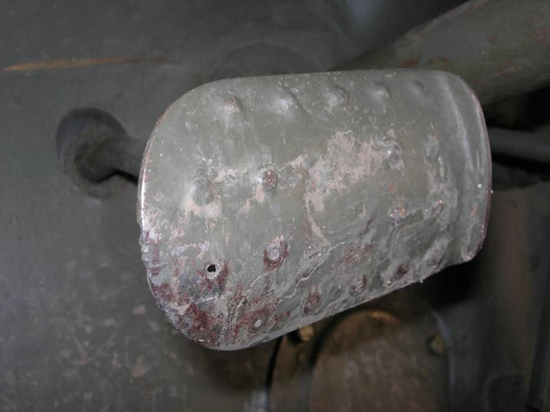 Eléments typiques d'une jeep Hotchkiss M201 en 24V Dscn6625