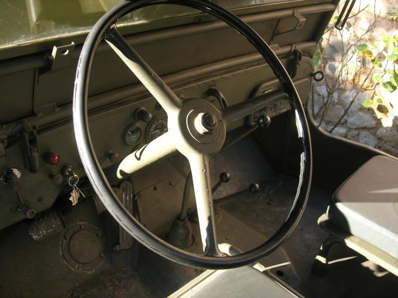 Eléments typiques d'une jeep Hotchkiss M201 en 24V Dscn6626