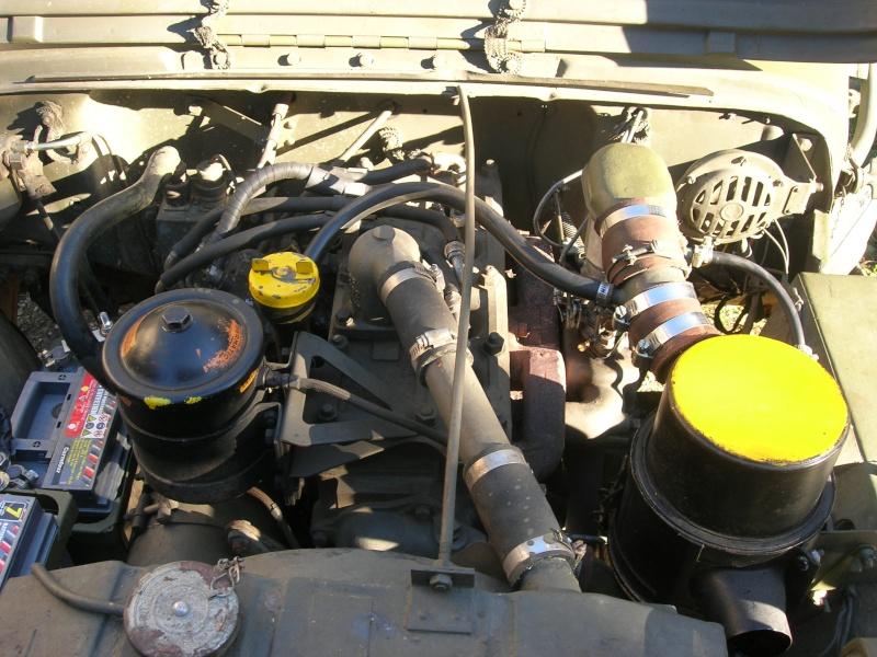Eléments typiques d'une jeep Hotchkiss M201 en 24V Dscn6628