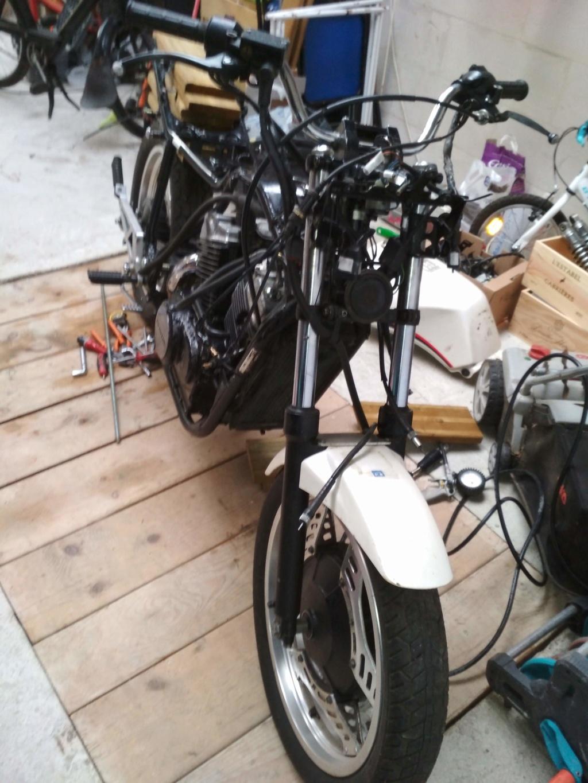 VT500E -> Cafe Racer Img_2011