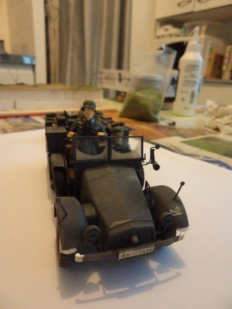Krupp Protze kfz.69 with 3.7cm Pak Tamiya 1/35 [Terminé] - Page 2 Dsc01128