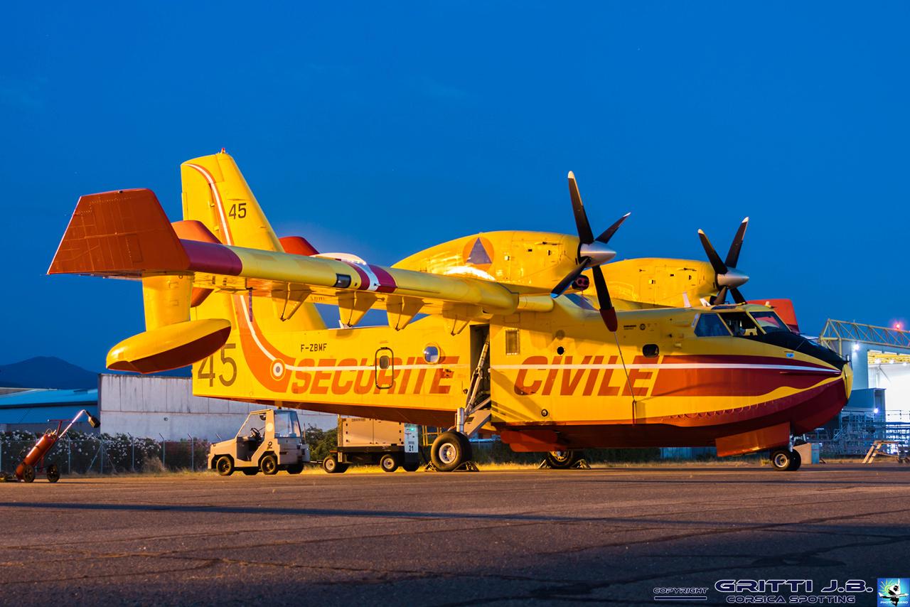 En JAUNE, ROUGE & BLANC, les aéronefs de la Sécurité civile en Corse en 2018. - Page 3 Canada10