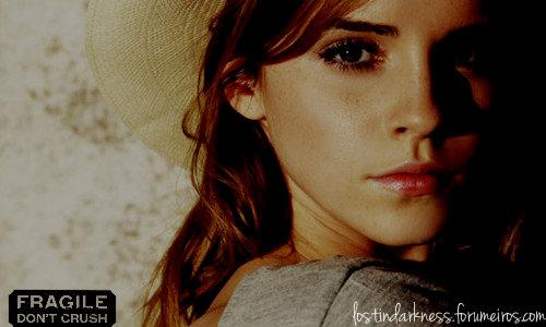 Emma Watson 12717510